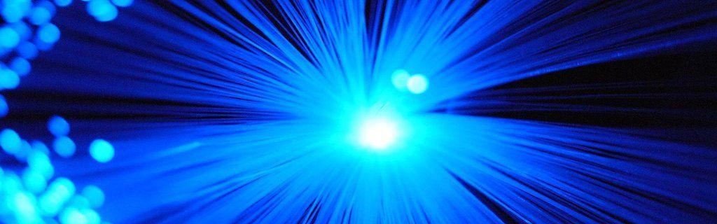 Aumento de velocidad fibra óptica y bajada de precios
